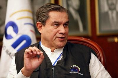 Presidente Correa anuncia la muerte de la madre de Domingo Paredes