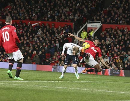 'Toño' Valencia juega en la eliminación del United