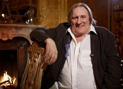 Gérard Depardieu dice que el teatro le aburre