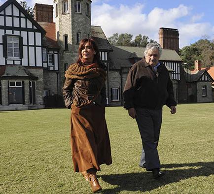 Mujica reconoce mala relación con Argentina