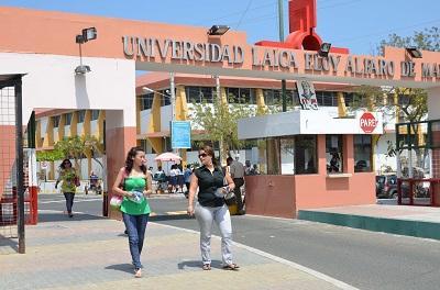 La Universidad Eloy Alfaro tiene nuevos decanos (VIDEO)
