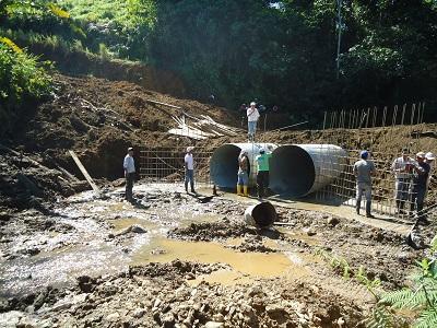 Continúan los trabajos para contrarrestar efectos del invierno en Santo Domingo