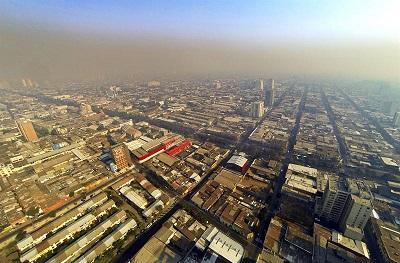 Incendios forestales arrasan miles de hectáreas en Chile, en medio de una ola de calor