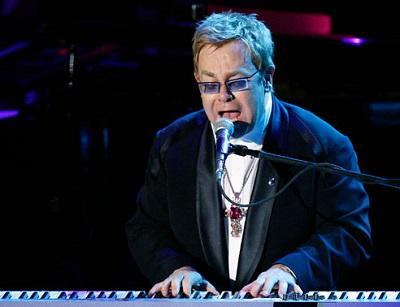 Sir Elton John cantará en Ecuador el 15 de febrero