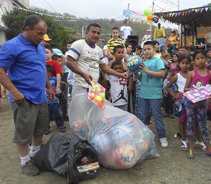 Piden declarar como patrimonio a la tradicional cabalgata de Reyes Magos