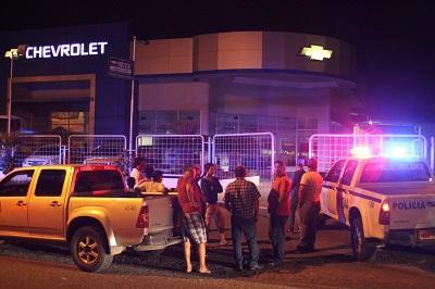 8 vehículos son robados de una concesionaria de Manta (VIDEO)