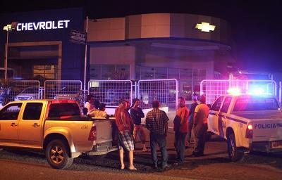 Detienen a 7 sospechosos del robo en concesionaria de Manta