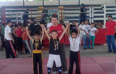 Santo Domingo consigue once medallas doradas en torneo de Kick Boxing