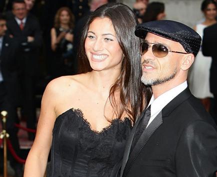 Eros Ramazzotti se casa con su novia en intimidad