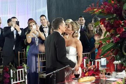 Fernanda Gallardo y JC ya son marido y mujer