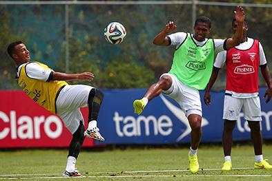 La 'tri' se prueba  Antes de Brasil