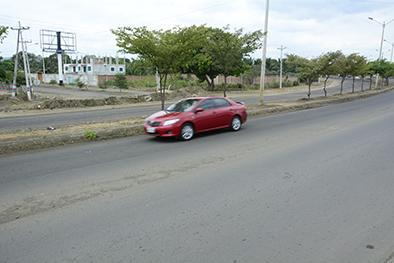 Piden un redondel en Reales Tamarindos-Bypass