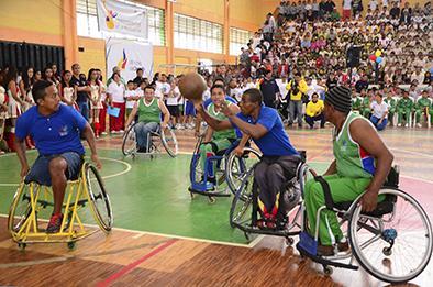Básquet sobre silla de ruedas