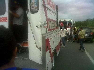 Delincuentes asaltan un bus de la cooperativa Ayacucho