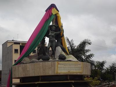 Retirarán monumento 'racista' del Parque Central La Concordia