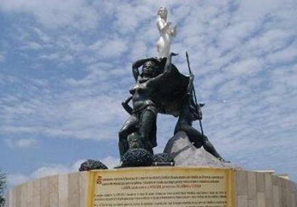Retirarán un monumento  considerado discriminatorio