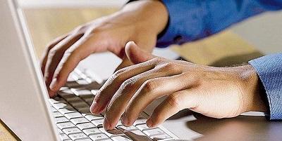 Un joven envió 11 mil mensajes en un mes a una chica para conquistarla