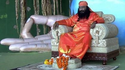 Desconocen si un gurú de la India está muerto o meditando