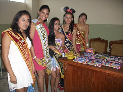 Reinas unidas en festejo para los niños