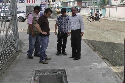 Este miércoles inicia colocación de asfalto en dos calles de Portoviejo