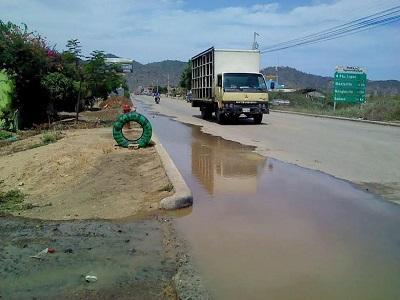 Roturas de tuberías provoca desabastecimiento de agua en Puerto López