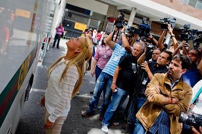 La audiencia preliminar del opositor Leopoldo López continúa hoy