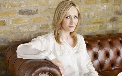 J.K. Rowling escribe sobre pinchazos telefónicos en su nueva novela