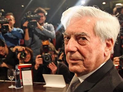 Vargas Llosa es investido como doctor 'honoris causa' en Italia