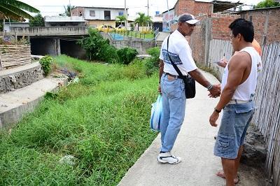 Moradores piden limpieza del río Burro