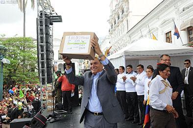 Rafael Correa: nos  vemos en el 2017