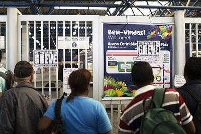 Huelga del metro de Sao Paulo provoca caos y choques con policías