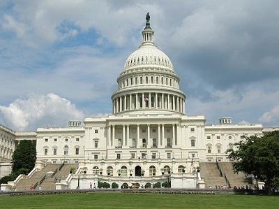 Evacúan el Capitolio de Estados Unidos por el sobrevuelo de una avioneta