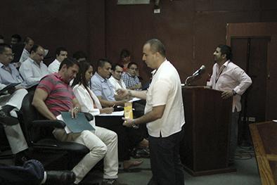 75 médicos regresan al país por el Plan Retorno
