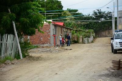 Piden alcantarillado en la ciudadela Villamarina de Manta
