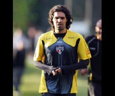 El exfutbolista brasileño Fernandao muere en accidente aéreo