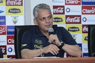 Reinaldo Rueda resalta compromiso de Ecuador para hacer un buen Mundial