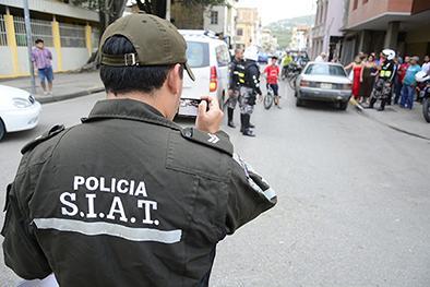 Dos detenidos en un allanamiento