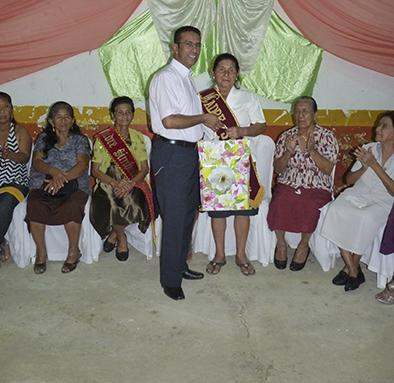 Madres reciben un homenaje