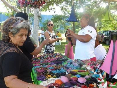 Artesanos de Manabí participaron en feria ecológica