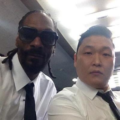 Psy comparte resaca con Snoop Dogg en 'Hangover', su videoclip más rapero