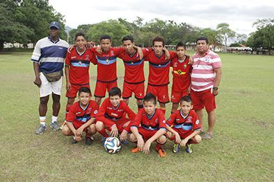 Escuelas de fútbol con un triunfo y una derrota