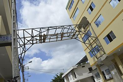 Por orden municipal  detienen obra de la clínica Santa Margarita
