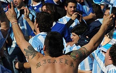 Hincha argentino es deportado de Brasil por antecedente de violencia