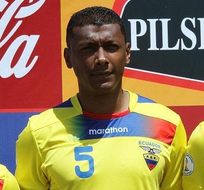 El ecuatoriano Oswaldo Minda ya aterrizó en Brasil