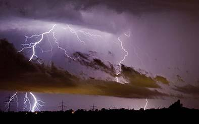 Seis muertos por tormenta eléctrica