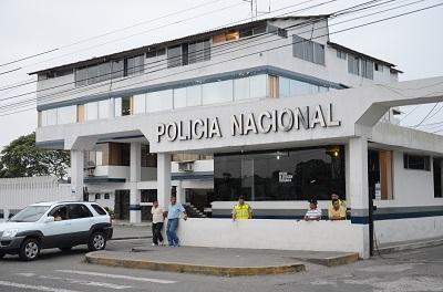 Policía decomisa dos motocicletas de dudosa procedencia en Santo Domingo