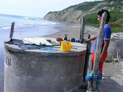 Hay quejas por falta de agua en Machalilla