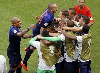 ¡GOLEADA! Holanda venció por 5-1 a España en su debut mundialista (videos)