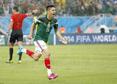 México vence a Camerún en el segundo partido del Mundial Brasil 2014