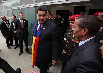 Maduro anuncia en Bolivia que Telesur emitirá en inglés a partir de julio